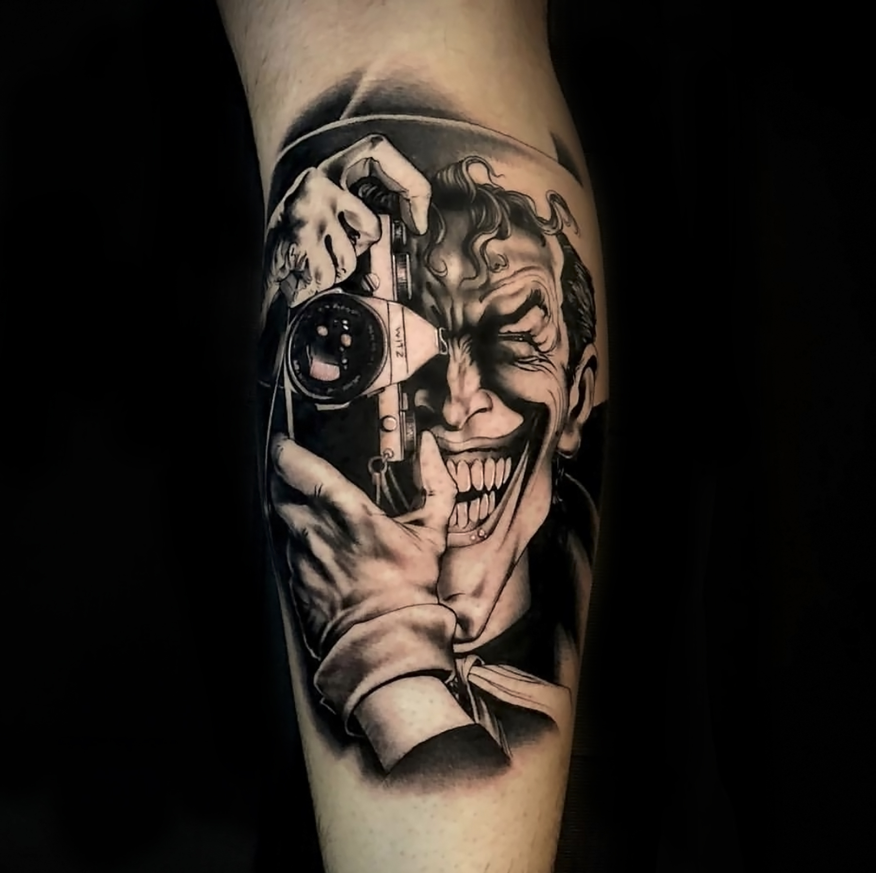 215027433 Dylan Jonze – Faces in the Dark Tattoo Shop by Tye Harris